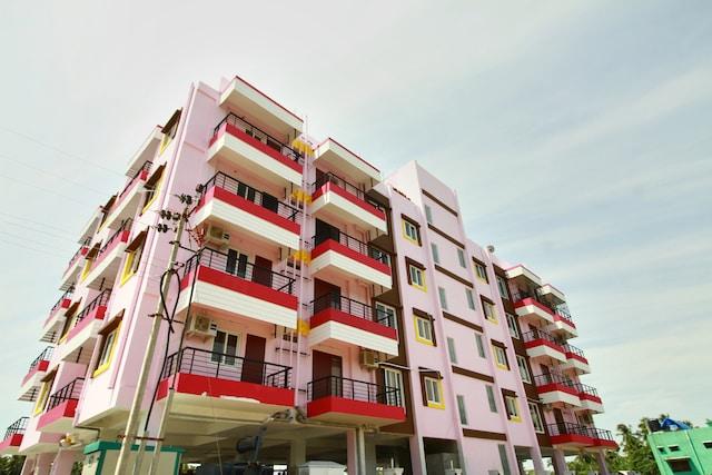 OYO Home 13943 Modern Boat House 2BHK