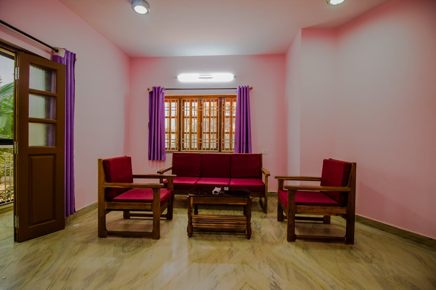 OYO Home 13946 Green View 5BHK -1