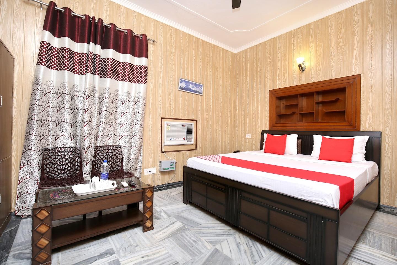 OYO 14030 Cheema Holiday Homes -1