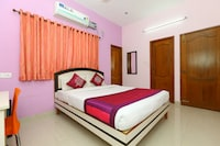 OYO 2612 Hotel Fiesta House