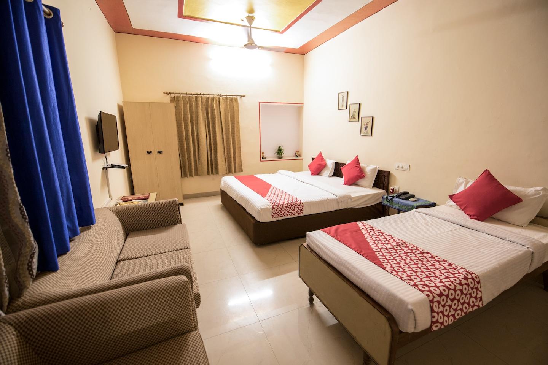 OYO 14069 Jaipur House -1
