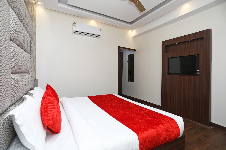 OYO 2616 Hotel Golden Sand -1