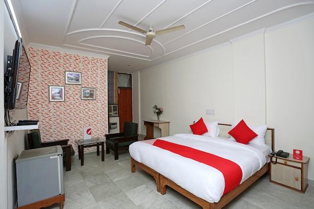 OYO 14100 Hotel D Meridien