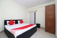OYO Home 14130 Comfy 2BHK