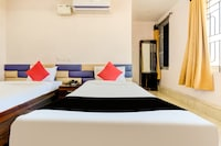 Capital O 14174 Good Luck Residency Hotel