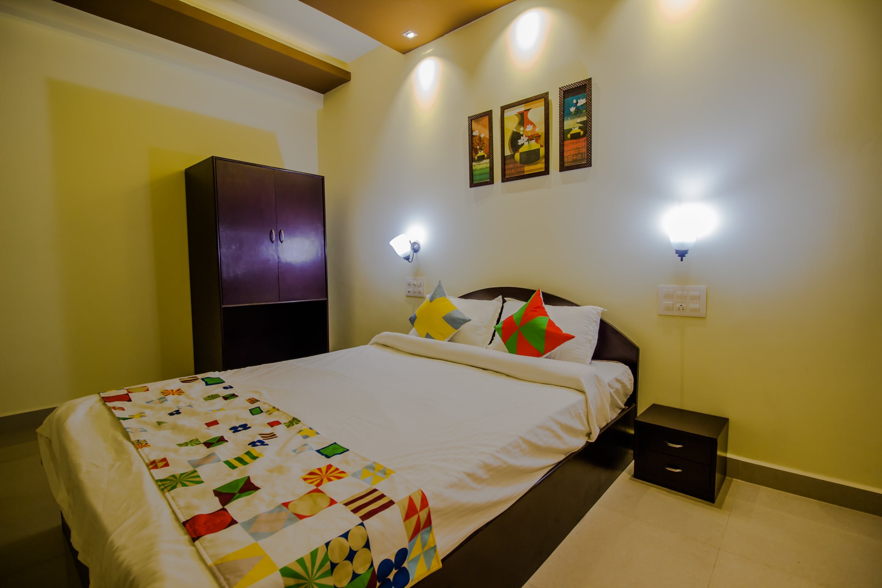 Hotel Gallarey OYO Home 14182 Graceful Studio