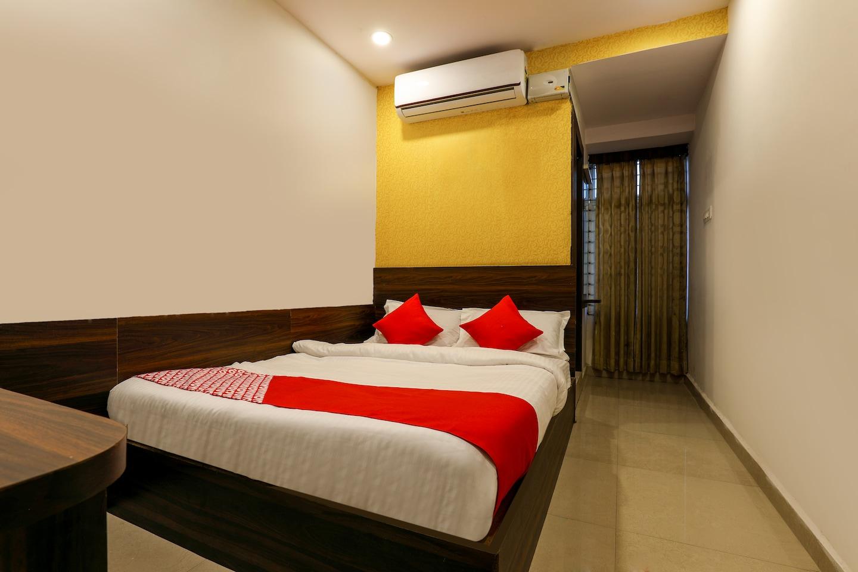OYO 14194 Hotel Deccan Lodging and Boarding -1