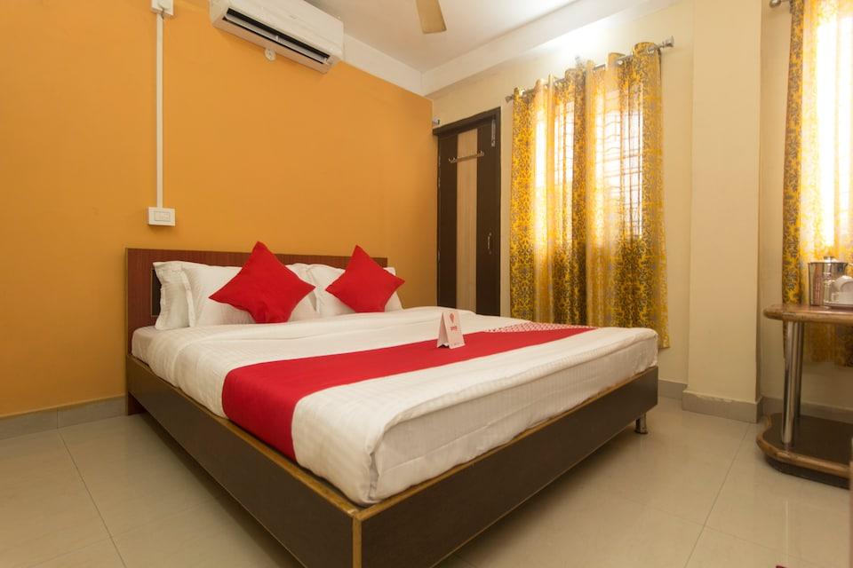 OYO 14200 Hotel Oasis