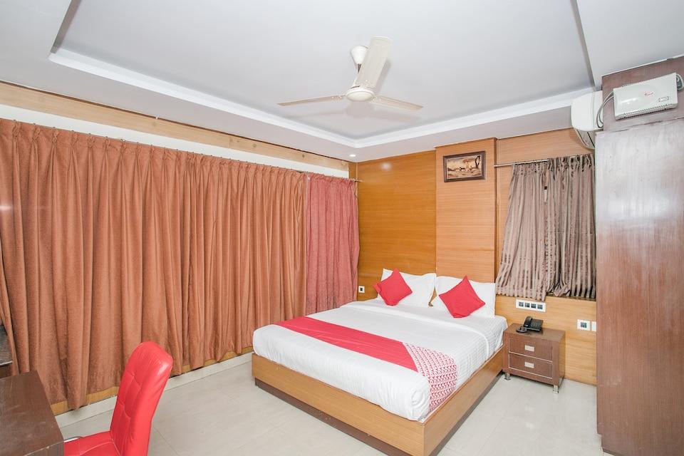 OYO 14204 Comfort Residency