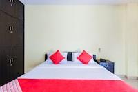 OYO 14207 Royal Residential Lodge