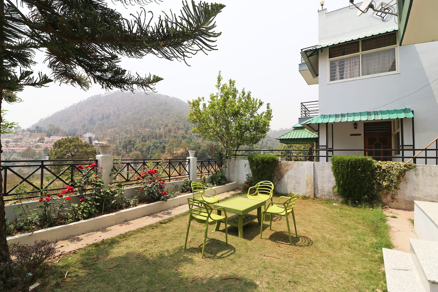 OYO Home 14230 Valley View 2BHK -1