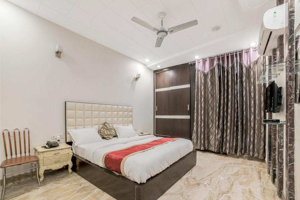 OYO 14231 Santosh Residency