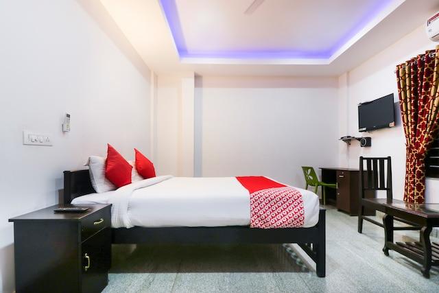 OYO 14270 Marottickal Residency