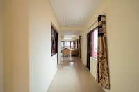 OYO Home 14288 Spacious 3BHK Picture Palace