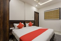 OYO 14355 Hotel Kasturi