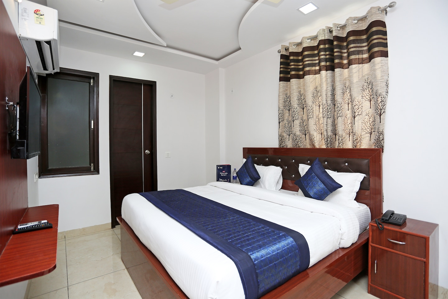 OYO 14384 Luxury residency -1