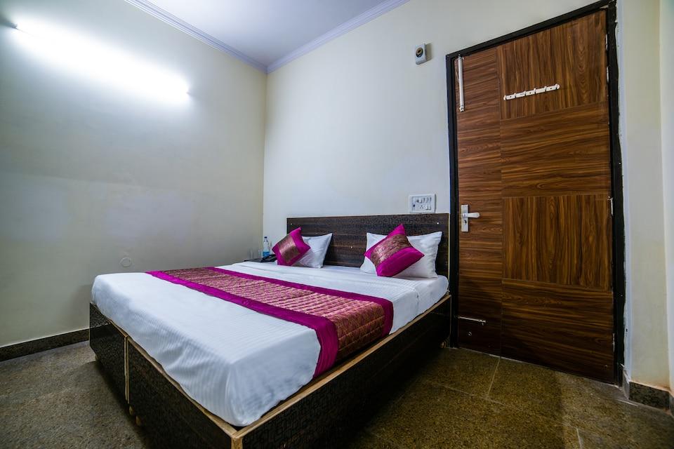 OYO 14388 Hotel Good Day Inn, Rajouri Garden Delhi, Delhi