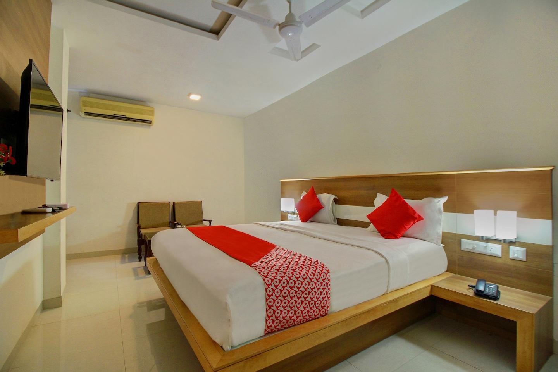 Capital O 14406 Hotel Subashree -1