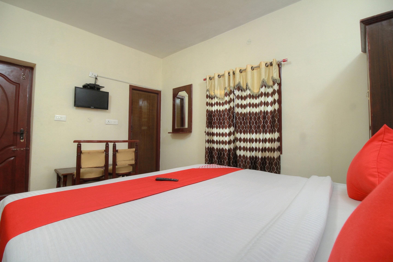 OYO 14434 Hotel RJ Inn