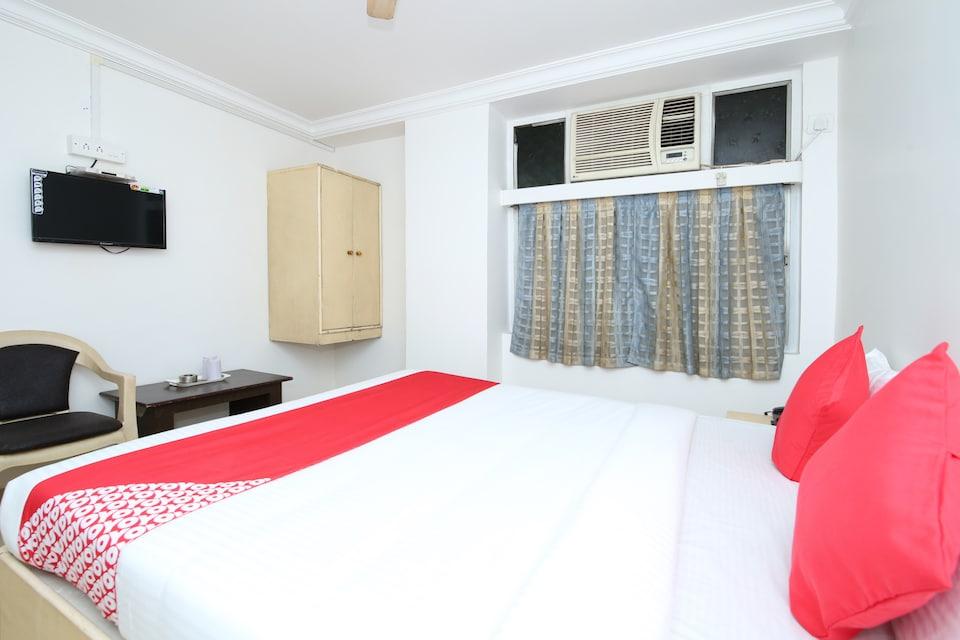 OYO 14465 Hotel Cozy Residency