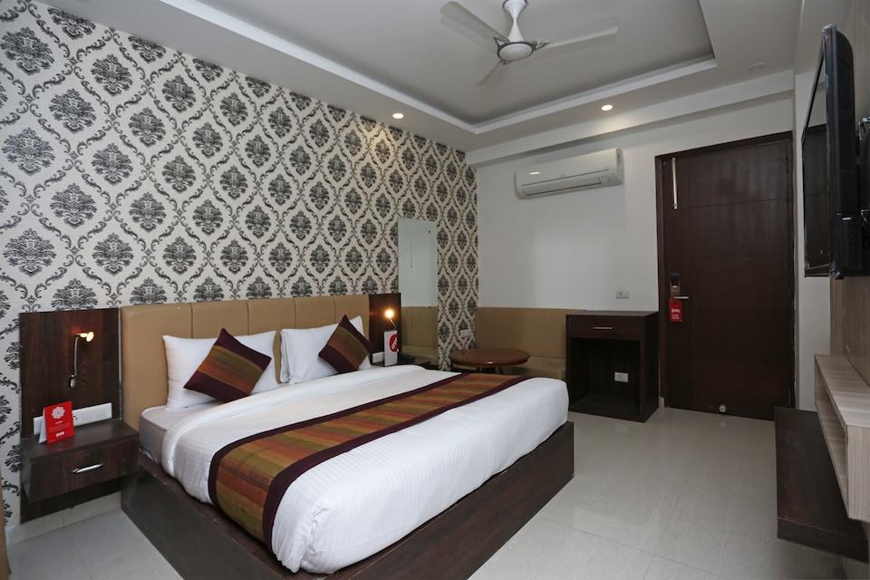Capital O 14481 Hotel Urban Inn