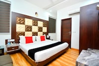 Capital O 14493 Hotel Aman Residency