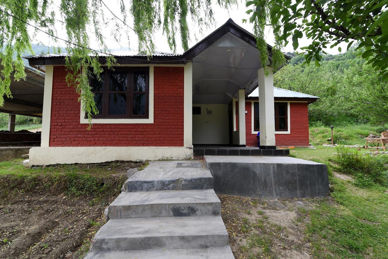 OYO Home 14498 Garden View Studio -1