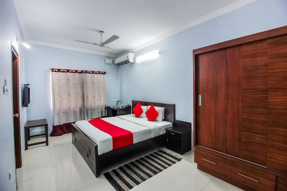 OYO 14500 Hotel Hill View Guest House