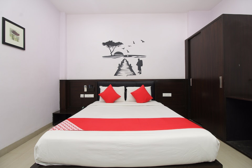 OYO 14501 Hotel Hill View Guest House Begumpet