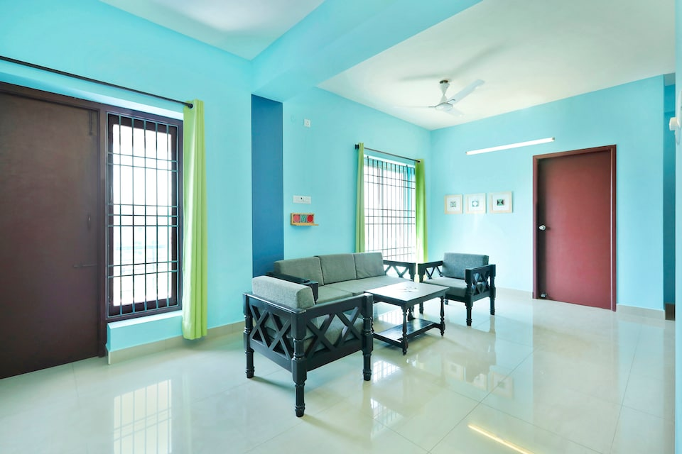 OYO Home 14521 Spacious 3bhk  Near Boat House
