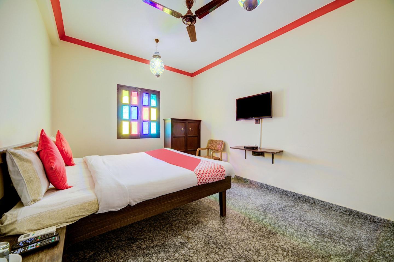 OYO 14537 Hotel Amer Haveli -1