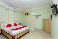 OYO 14566 Sunshine Residency Suite