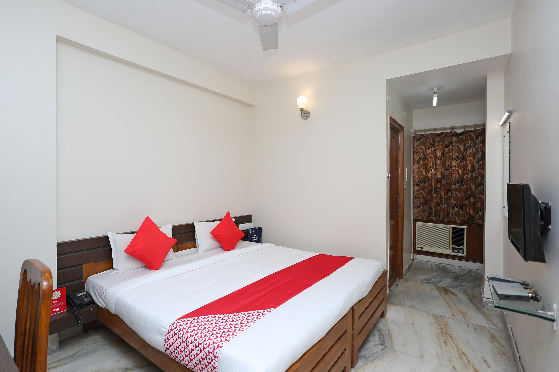 OYO 14577 Vijay Palace