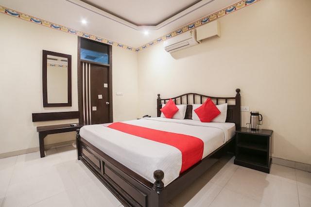 OYO 14598 HOTEL SURYA GARH