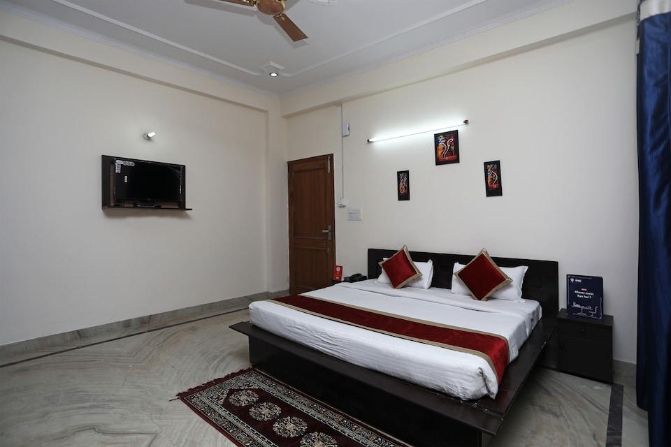 OYO 14625 Baani Abode, Noida City Metro, Noida