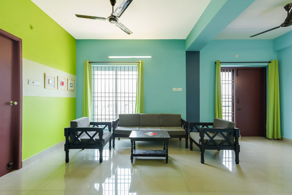 OYO Home 14688 Elegant 3bhk Near Boat House