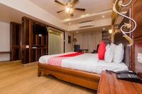 OYO 14699 Hotel Nakshatra Regency Deluxe