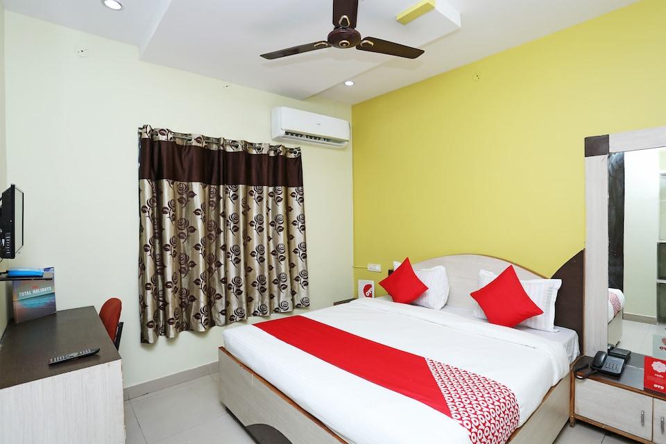 OYO 14711 Hotel Natraj