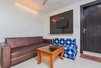 OYO 14721 Hotel Vishesh Continental