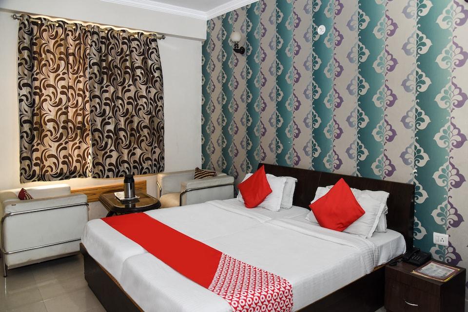 OYO 14732 Hotel Buddha International