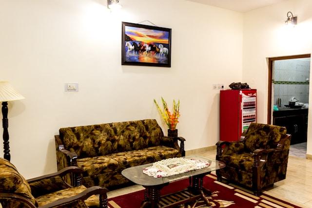 OYO Home 14742 Exotic Katoch Villa 2 BHK