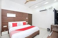 OYO 14790 Hotel Destiny Inn