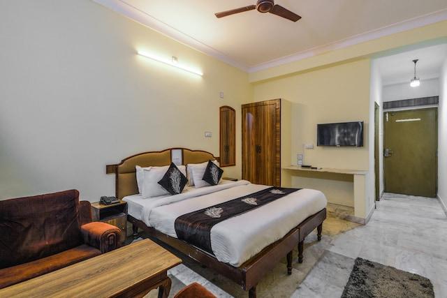 OYO 14814 Hotel Vinayak