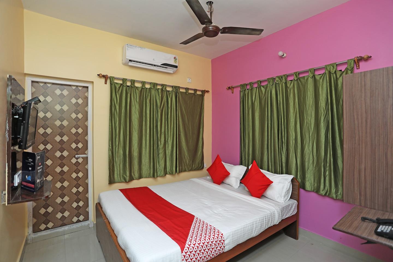 OYO 14818 Sudarshan Apartment -1