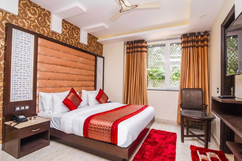 OYO 14831 hotel mannat -1