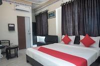 OYO 14838 Shree Jee Hotel