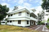 OYO 14841 Indra Holiday Home