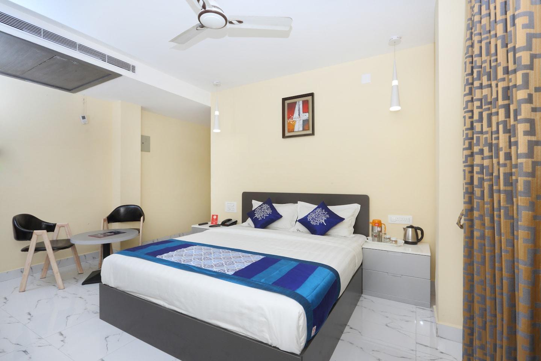 OYO 14852 Rahmath Residency -1