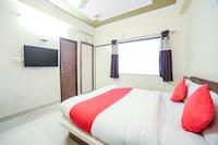 OYO 14864 Hotel Satyam Inn