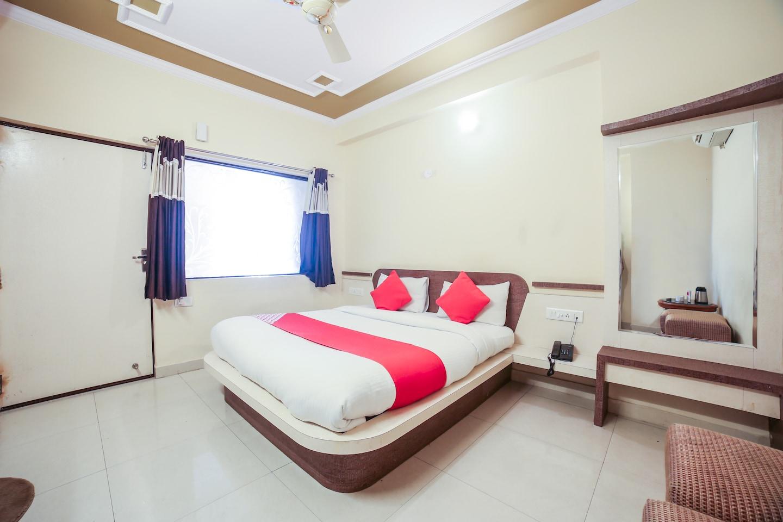 OYO 14864 Hotel Satyam Inn -1